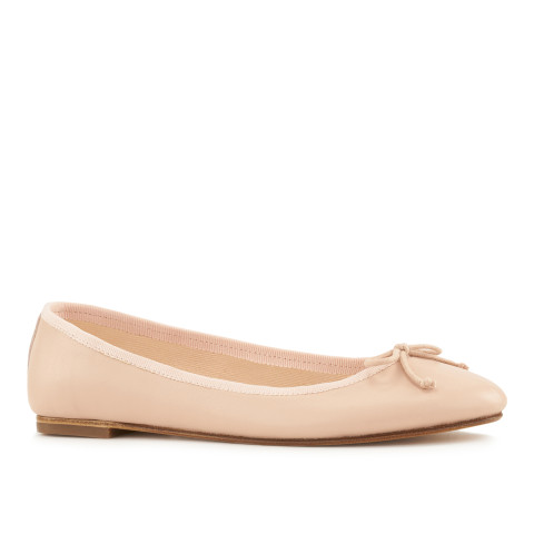 House of ballerinas Louise Nude